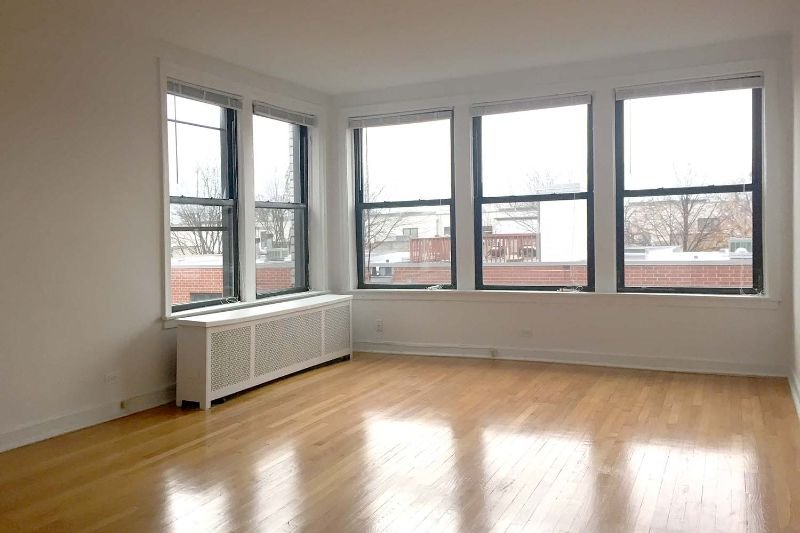 Main picture of Apartment for rent in Chicago, IL